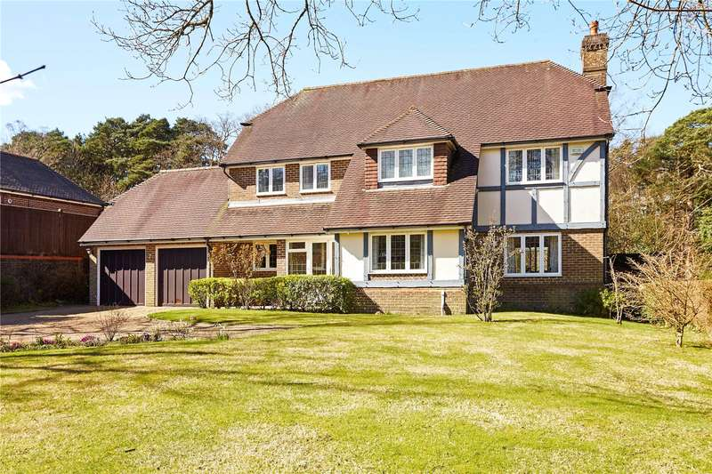 5 Bedrooms Detached House for sale in Pinewood Chase, Crowborough, East Sussex, TN6