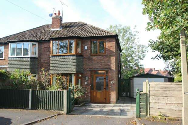 3 Bedrooms Semi Detached House for sale in Clarence Road, Hale