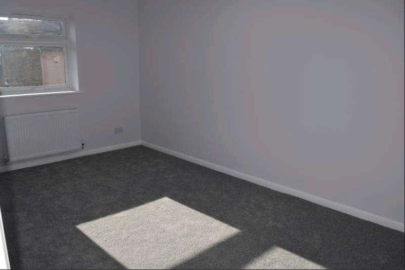 1 Bedroom Flat for sale in West Street, Southend-On-Sea, SS2
