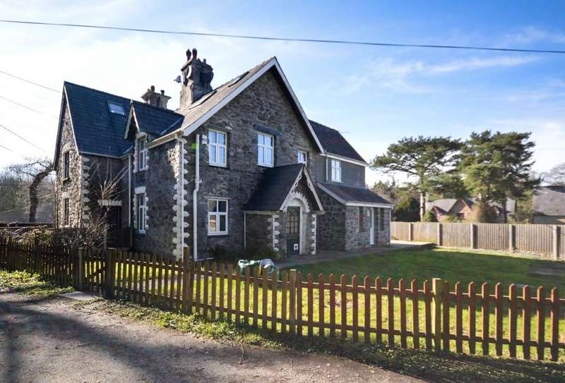 4 Bedrooms Cottage House for sale in Abercottages, Y Felinheli, North Wales
