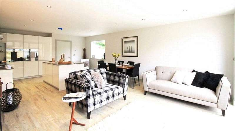 3 Bedrooms Terraced House for sale in Vineyard Place, Cambridge, Cambridgeshire, CB1