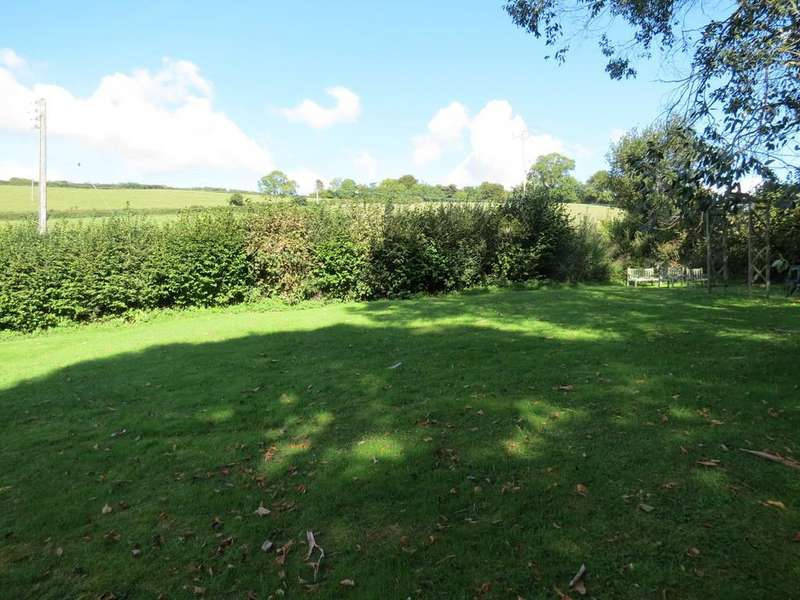 1 Bedroom Apartment Flat for sale in Devon House Drive, Bovey Tracey