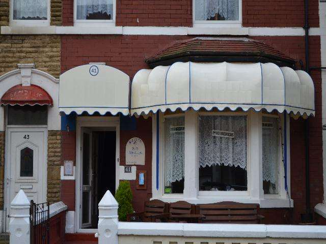 8 Bedrooms Hotel Commercial for sale in Palatine Road, BLACKPOOL, FY1 4BX