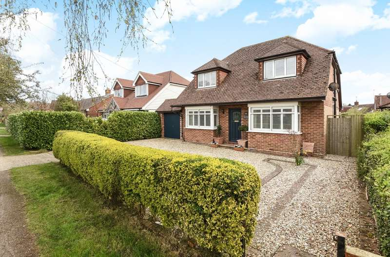 4 Bedrooms Detached House for sale in Blackboy Lane, Fishbourne, PO18
