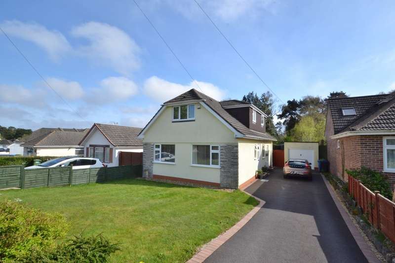 3 Bedrooms Bungalow for sale in Broadstone