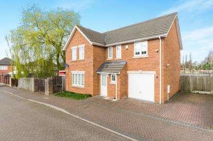 4 Bedrooms Detached House for sale in Rochin Gardens, Kirkby In Ashfield, Nottingham, Nottinghamshire