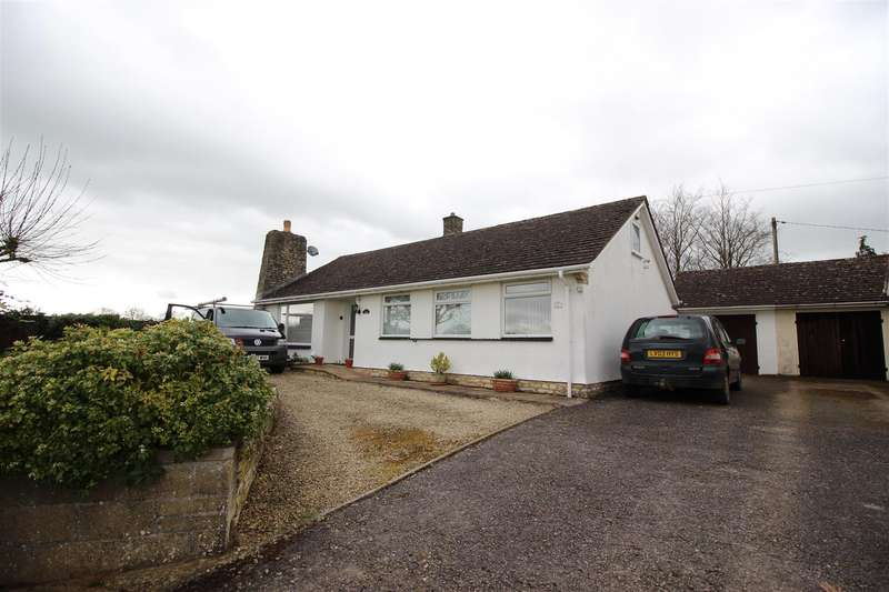 3 Bedrooms Bungalow for sale in Shiptons Lane, Great Somerford, Chippenham