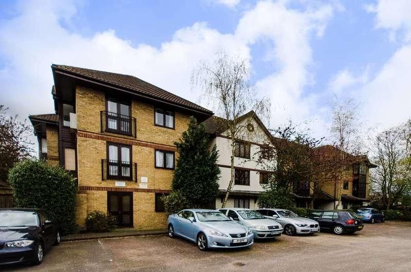 2 Bedrooms Flat for sale in Crofton Park Road, Honor Oak Park, SE4