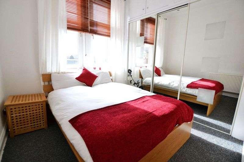 2 Bedrooms Flat for sale in Kemp Street, Hamilton