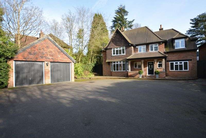 5 Bedrooms Property for sale in Burkes Road, Beaconsfield