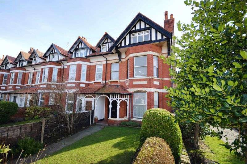 6 Bedrooms Terraced House for sale in Victoria Drive, Wirral