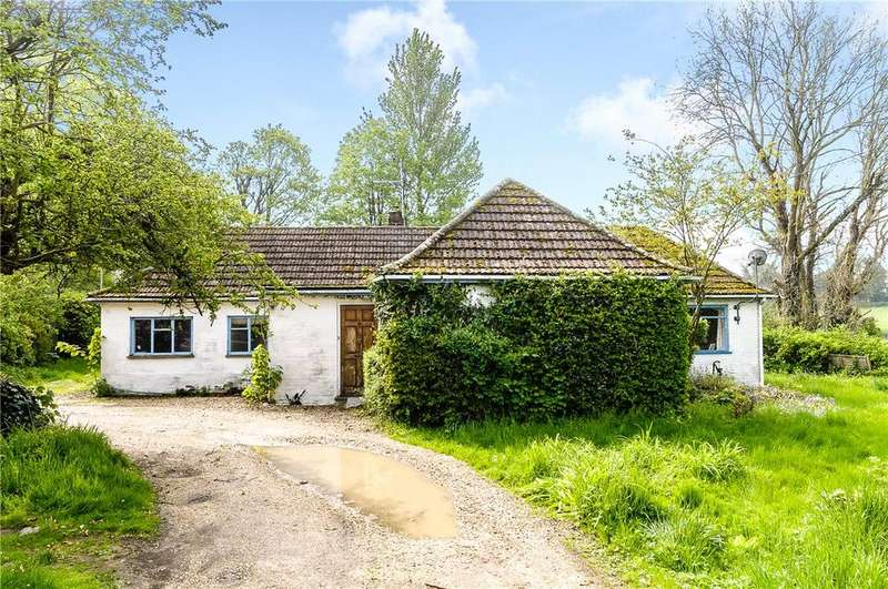 5 Bedrooms Bungalow for sale in Fyfield, Andover, Hampshire, SP11