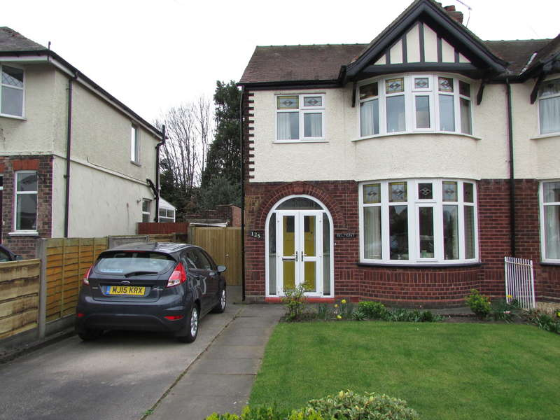 3 Bedrooms Semi Detached House for sale in Cromwell Road, Winnington