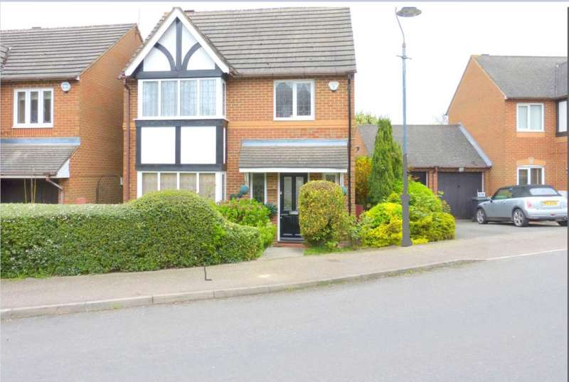 3 Bedrooms Detached House for sale in King Charles Road, Shenley
