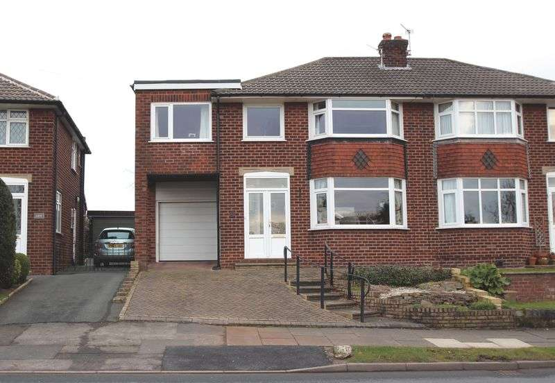 5 Bedrooms Semi Detached House for sale in Pennine Road, Woodley