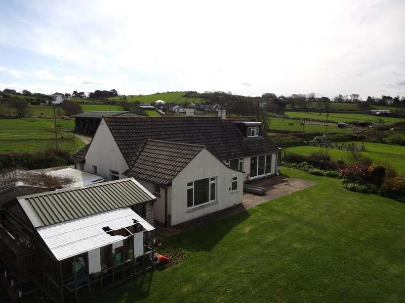 3 Bedrooms Bungalow for sale in Long Lane, Appledore