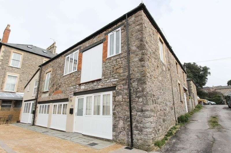 2 Bedrooms Semi Detached House for sale in Alexandra Road, Clevedon