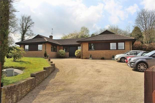 4 Bedrooms Detached Bungalow for sale in Great Dunmow, Essex