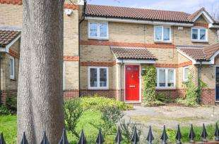 2 Bedrooms Terraced House for sale in Kangley Bridge Road, London, United Kindom