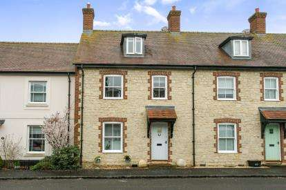 3 Bedrooms Terraced House for sale in Mere, Warminster, Wiltshire