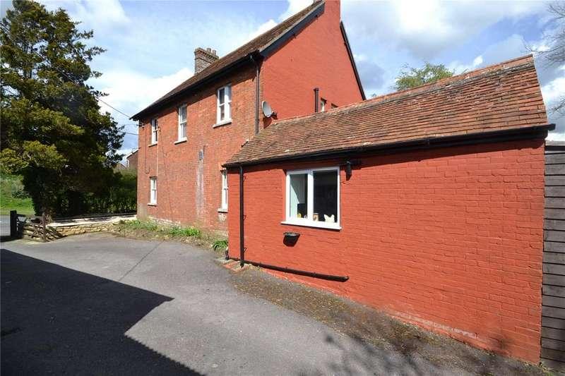 3 Bedrooms Detached House for sale in Bourton, Gillingham, Dorset, SP8