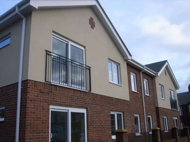 1 Bedroom Flat for sale in Reiver Court, Wilson Street, WALLSEND, Tyne and Wear