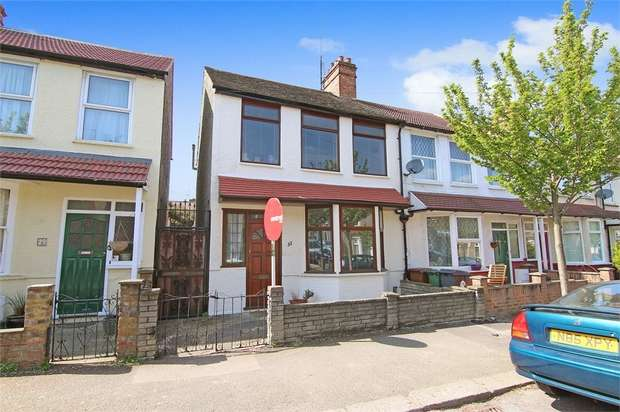 3 Bedrooms End Of Terrace House for sale in Bromley Road, Walthamstow, London