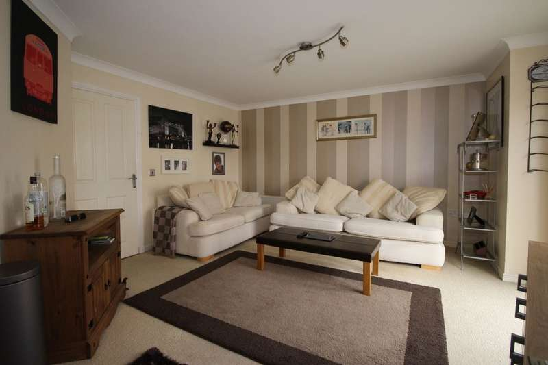 2 Bedrooms Flat for sale in Sun Gardens, Thornaby, Stockton-On-Tees, TS17
