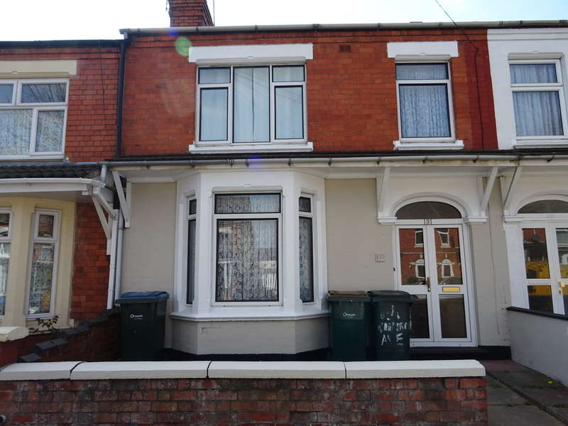 3 Bedrooms Terraced House for sale in Churchill Avenue, Coventry