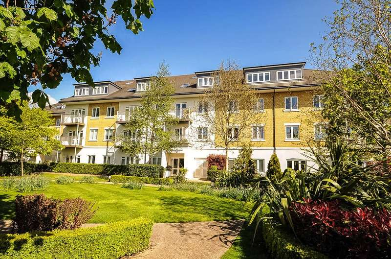 2 Bedrooms Apartment Flat for sale in Arlington House, West Drayton, Middlesex, UB7