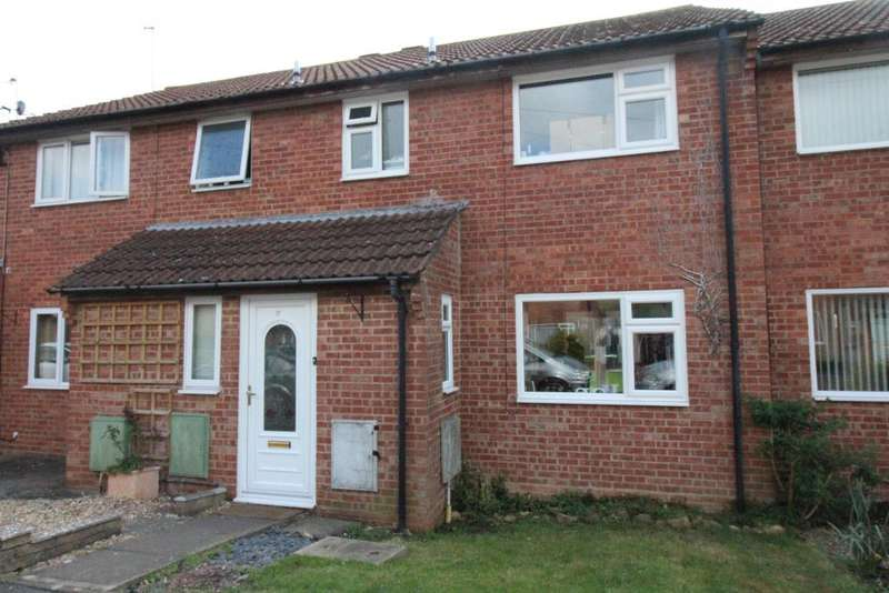 3 Bedrooms Terraced House for sale in Fisherbridge, Preston, Weymouth, Dorset, DT3 6BT
