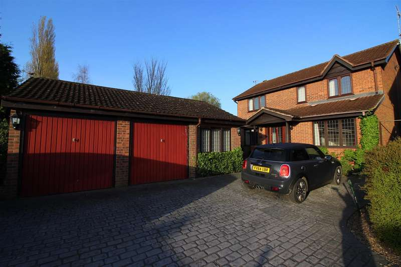 4 Bedrooms House for sale in Gatcombe Grove, Sandiacre, Nottingham
