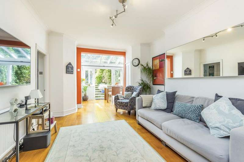 2 Bedrooms Apartment Flat for sale in Blythe Road, Brook Green, London, W14