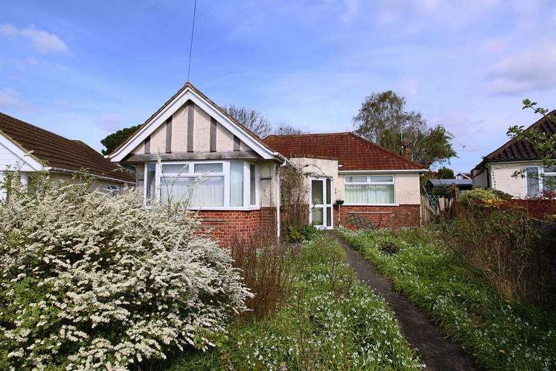 2 Bedrooms Detached Bungalow for sale in 13 ANN CLOSE, KEYMER, HASSOCKS, WEST SUSSEX, BN6 8AL