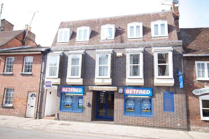 2 Bedrooms Flat for sale in East Street, Blandford Forum