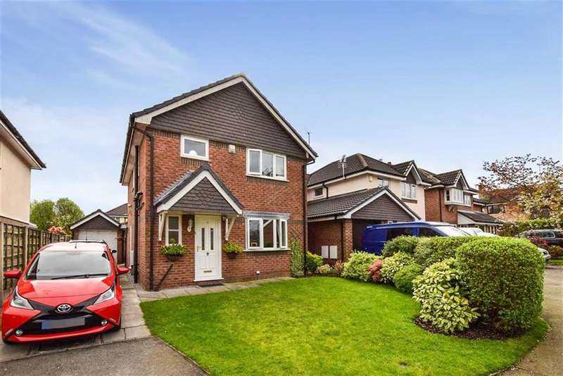 3 Bedrooms Detached House for sale in Crediton Close, Altrincham, Cheshire, WA14