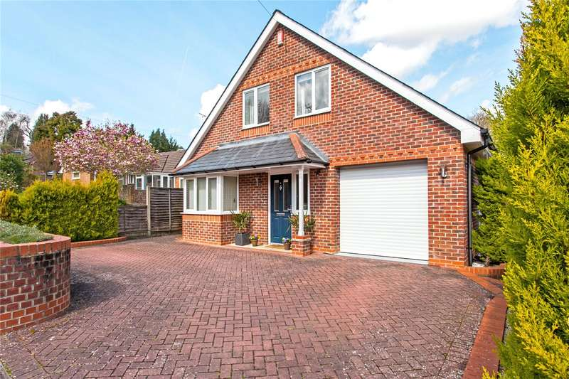 4 Bedrooms Detached House for sale in Bentley Close, Kings Worthy, Winchester, Hampshire, SO23