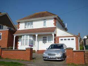 3 Bedrooms Detached House for sale in Brambletyne Avenue, Saltdean, Brighton, East Sussex
