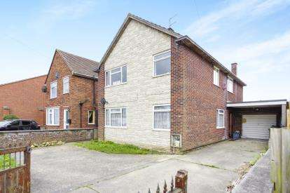 4 Bedrooms Detached House for sale in Yeovil, Somerset