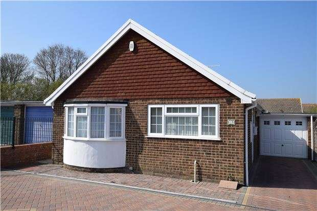 2 Bedrooms Detached Bungalow for sale in Thackeray Close, EASTBOURNE
