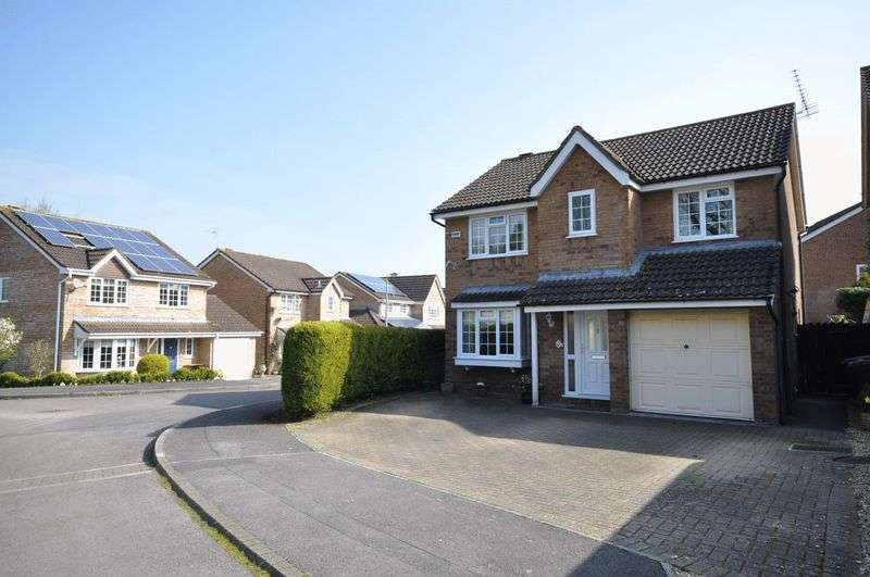 4 Bedrooms Detached House for sale in Were Close, Warminster
