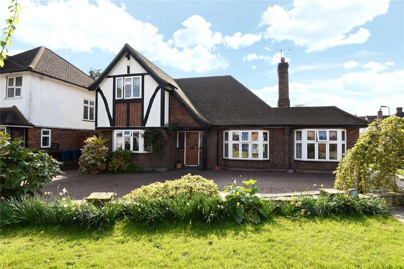 4 Bedrooms House for sale in Cuckoo Hill Drive, Pinner, Middlesex, HA5
