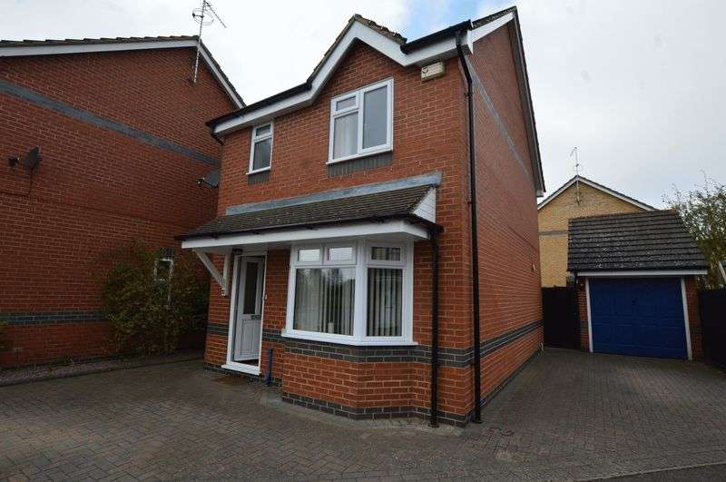 3 Bedrooms Detached House for sale in Tennyson Way, Stamford