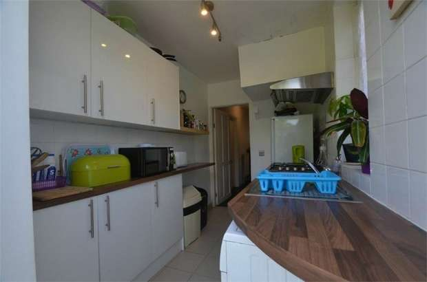 3 Bedrooms End Of Terrace House for sale in Mostyn Road, Edgware, HA8, Middlesex