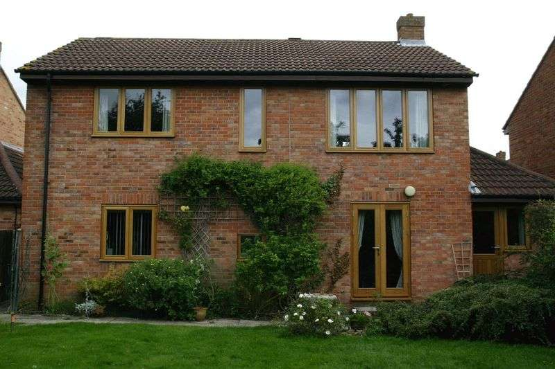 4 Bedrooms Detached House for rent in Sally Barn Close, Bristol