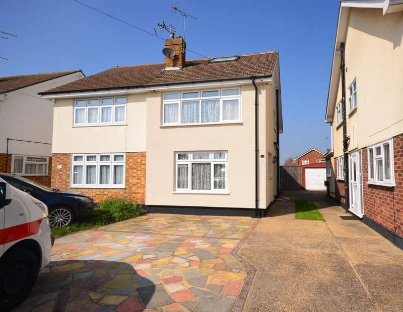 3 Bedrooms Semi Detached House for sale in Stourton Road, Witham