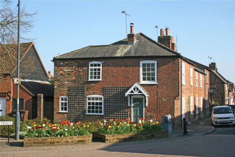 2 Bedrooms End Of Terrace House for sale in High Street, Redbourn, St. Albans, Hertfordshire