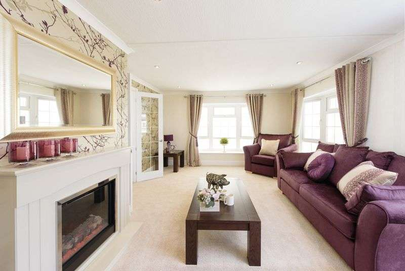 2 Bedrooms Bungalow for sale in Alderlee Park, Scarisbrick, Southport, Lancashire, PR8 5HR