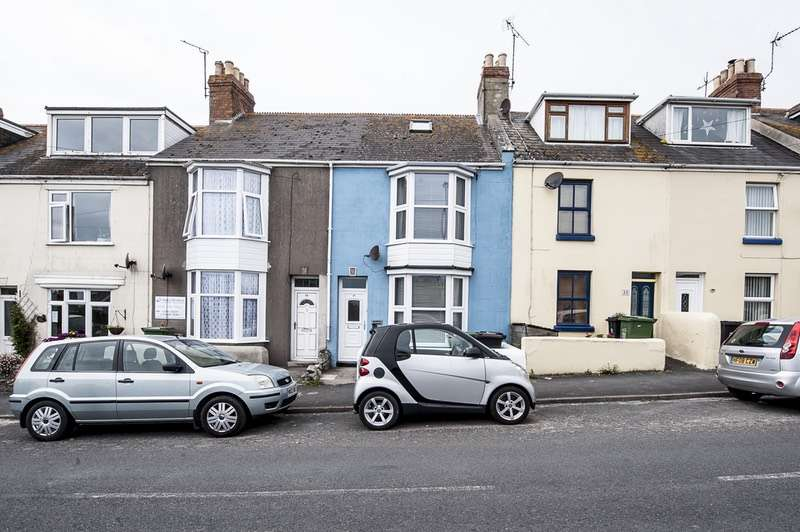 3 Bedrooms Terraced House for sale in Avalanche Road, South Well, Portland, Dorset, DT5