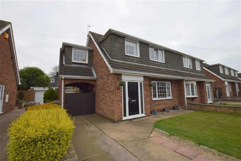 4 Bedrooms House for sale in Sheraton Drive, Humberston, North East Lincolnshire